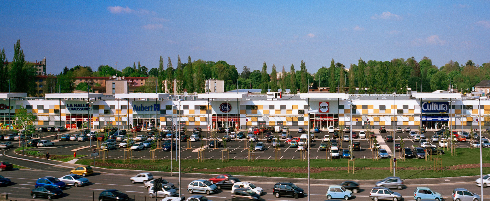 carrefour de l'europe bourg-en-bresse